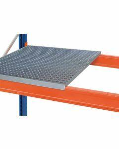Gitterrost aufgelegt, Holmlänge 3900 mm, Rahmentiefe 1100 mm, Fachlast 4200 kg, feuerverzinkt