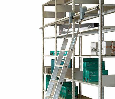 Aluminium-Regalleitern fahrbar